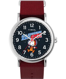 Reloj Weekender Timex x Snoopy in Space de 38mm con correa de tela Plateado/Rojo/Azul large